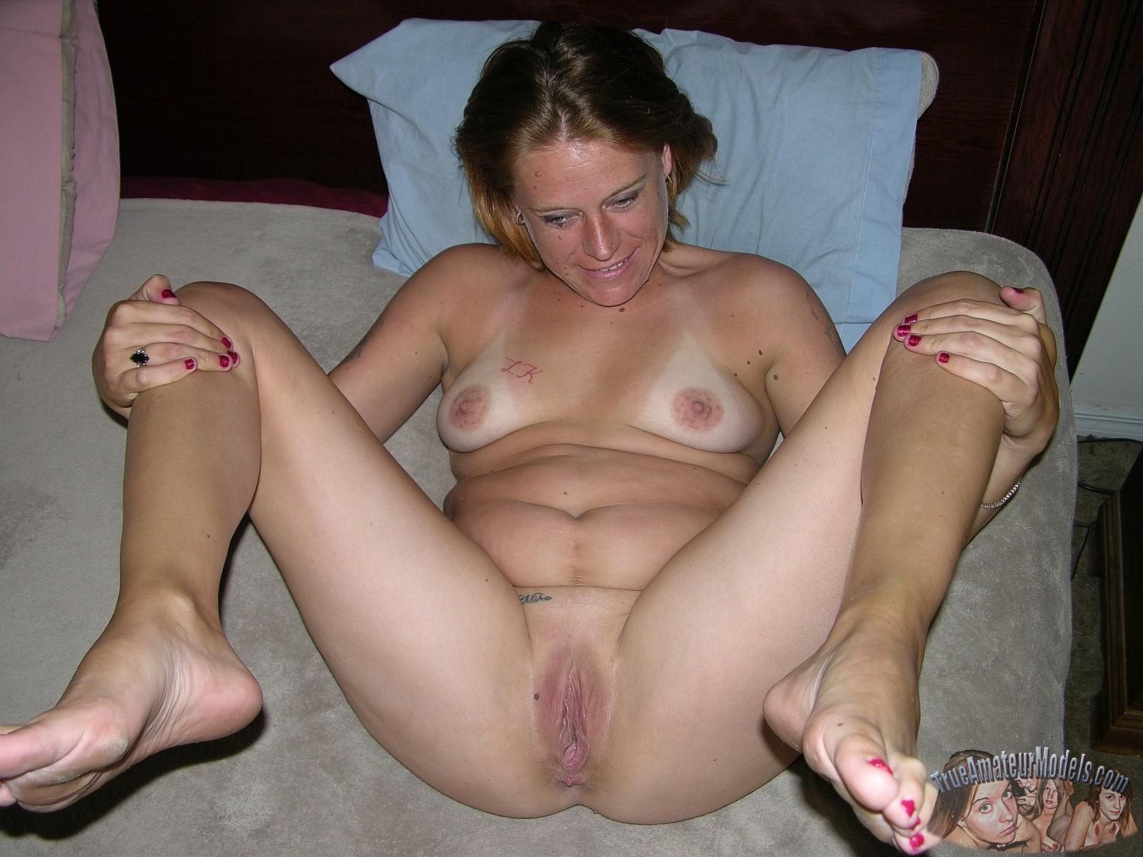 Real Mom in bikini pics