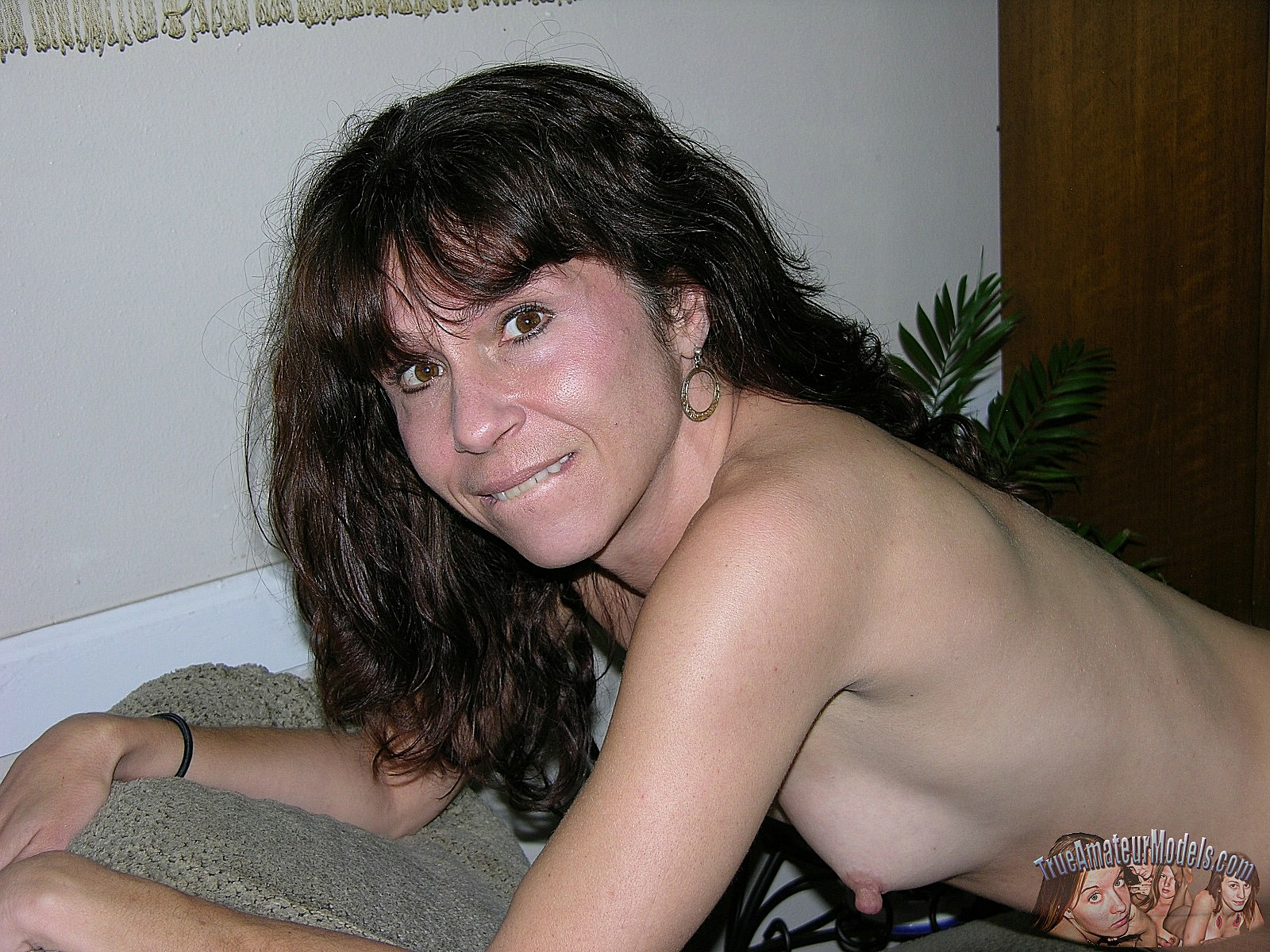 soccer mom amateur topless