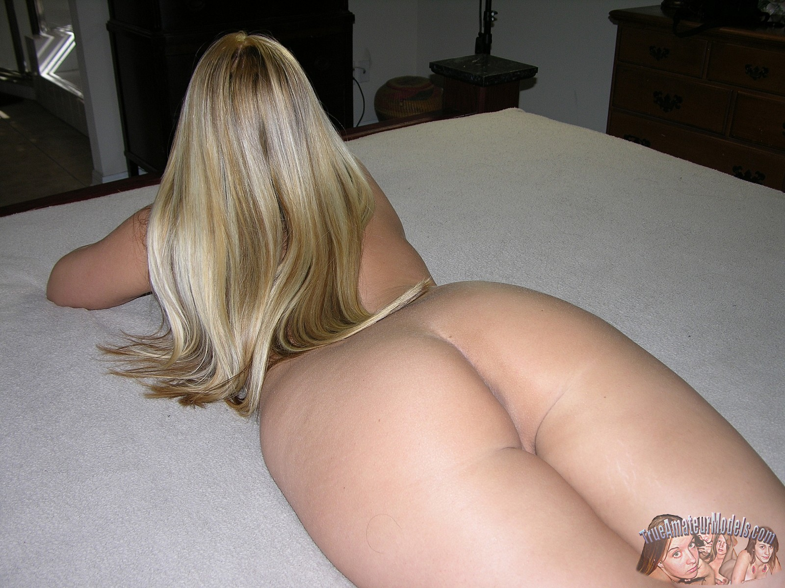 Blonde Models Nude
