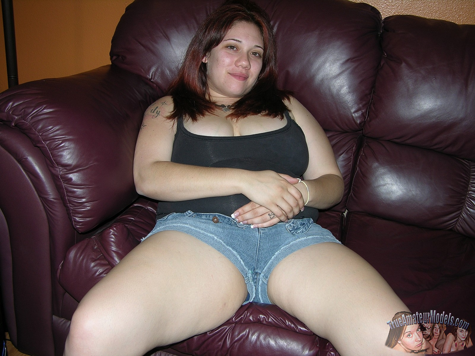 Girl fucking fat woman