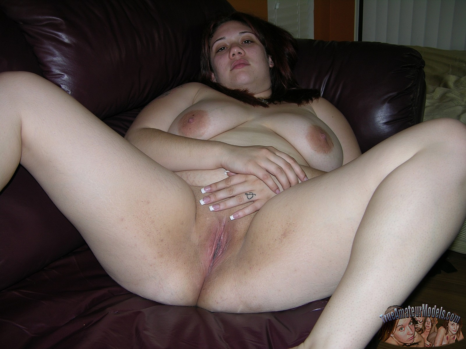 Amateur thick girls naked