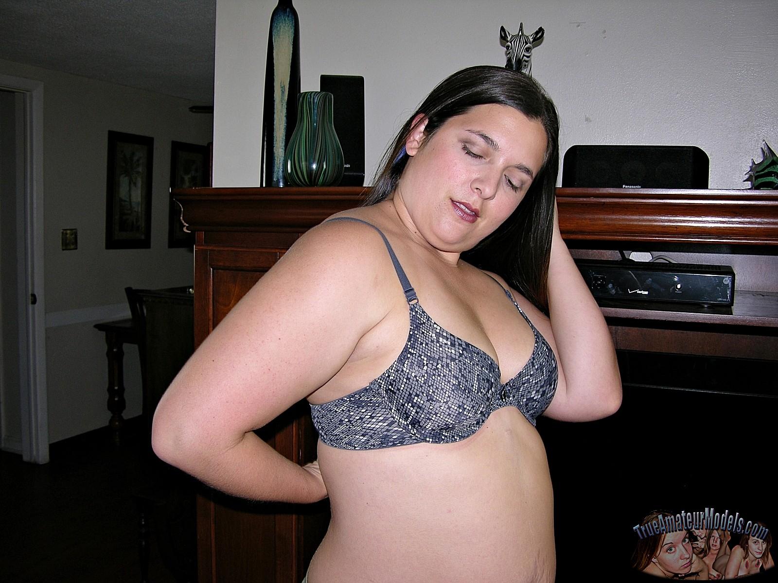 trueamateurmodels promo phoenix 01 chubby stripping