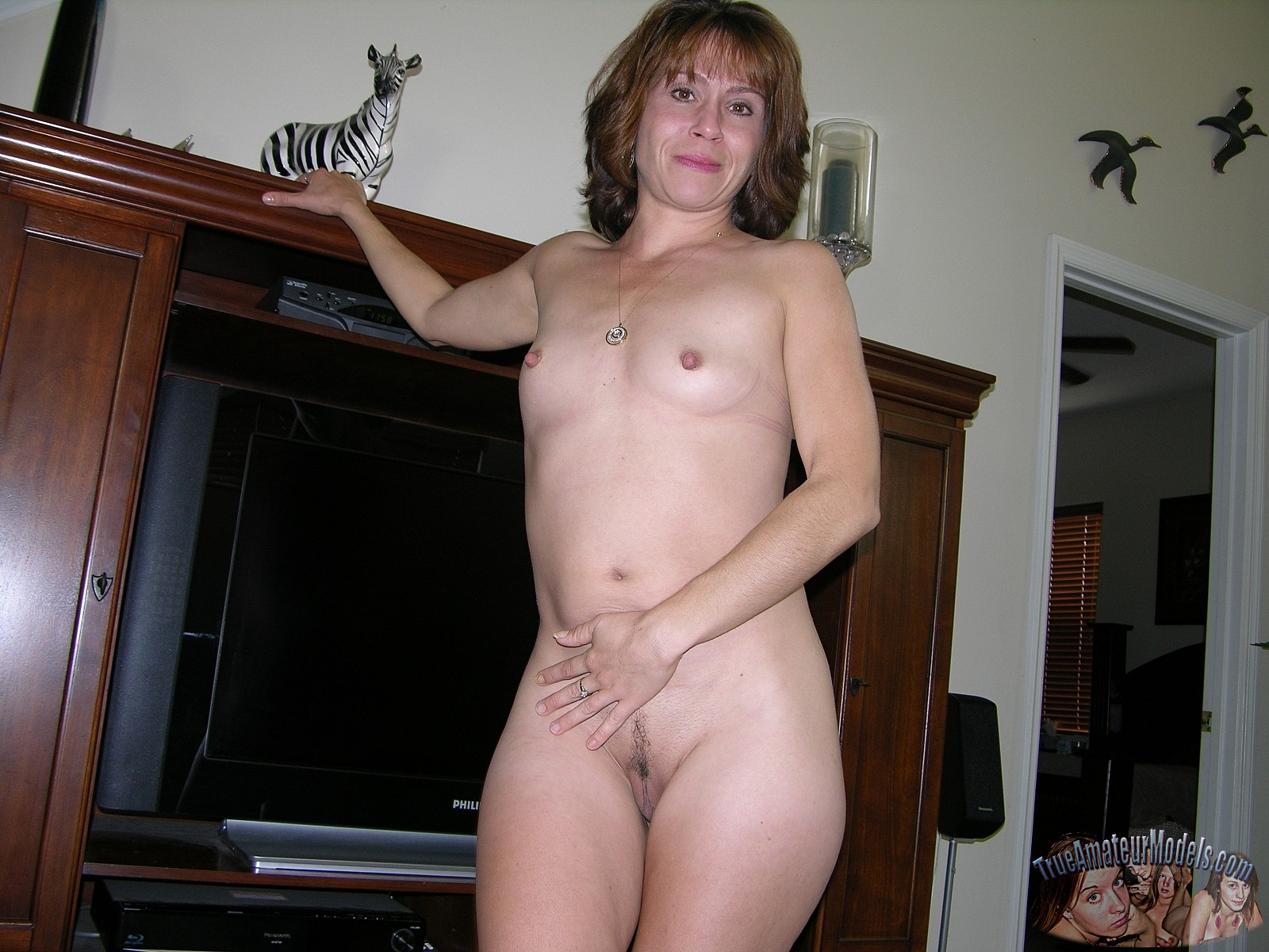 Wife nude modeling pictures