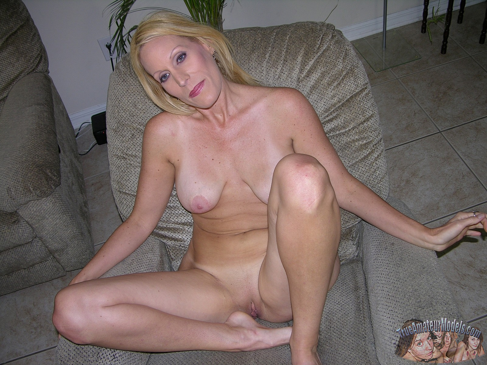 Ass eating anal sex